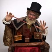 Charles Dickens – Goochelaar